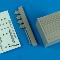 Accessory for plastic models - USAF Flightline toll cabinet (roll cab) 8 drawers