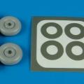 Accessory for plastic models - Macchi MC 202/205 wheel & paint masks