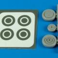 Accessory for plastic models - P-39 Aircobra wheels & paint masks