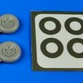 Accessory for plastic models - Spitfire Mk.V five spokes wheels & paint masks