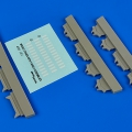Accessory for plastic models - USAF Missile maintenance stands with V-shelf assemblies